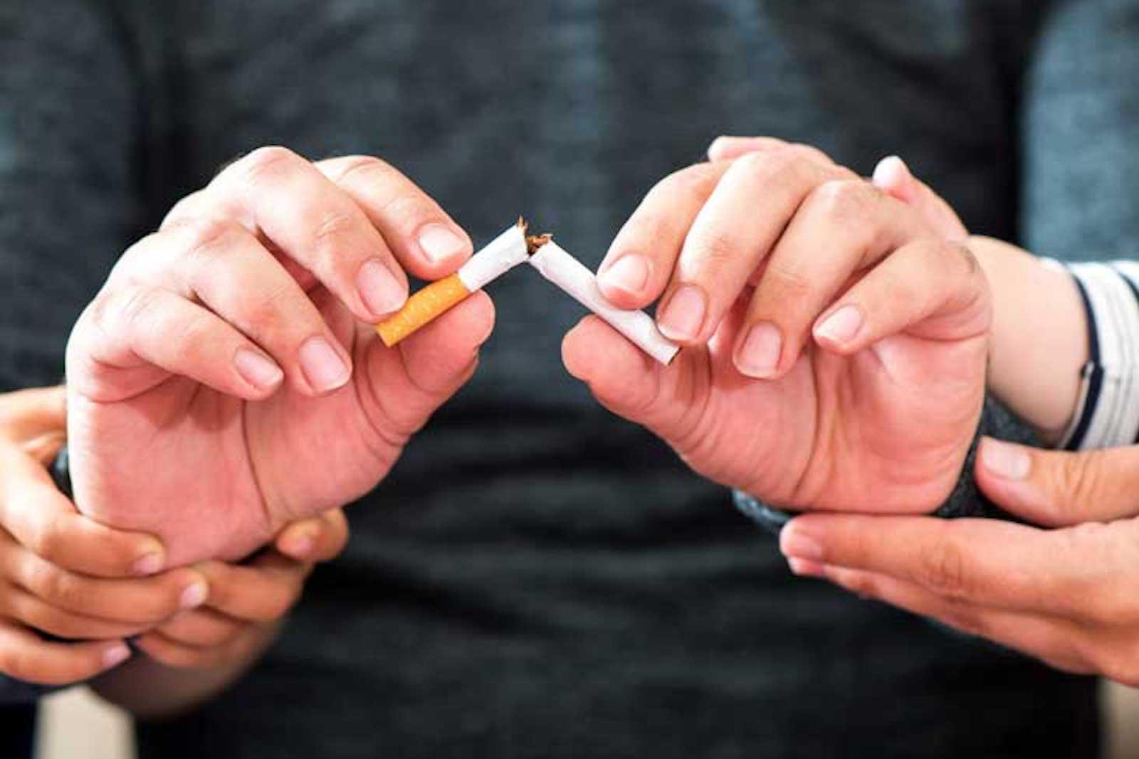 Рейки помогает бросить курить