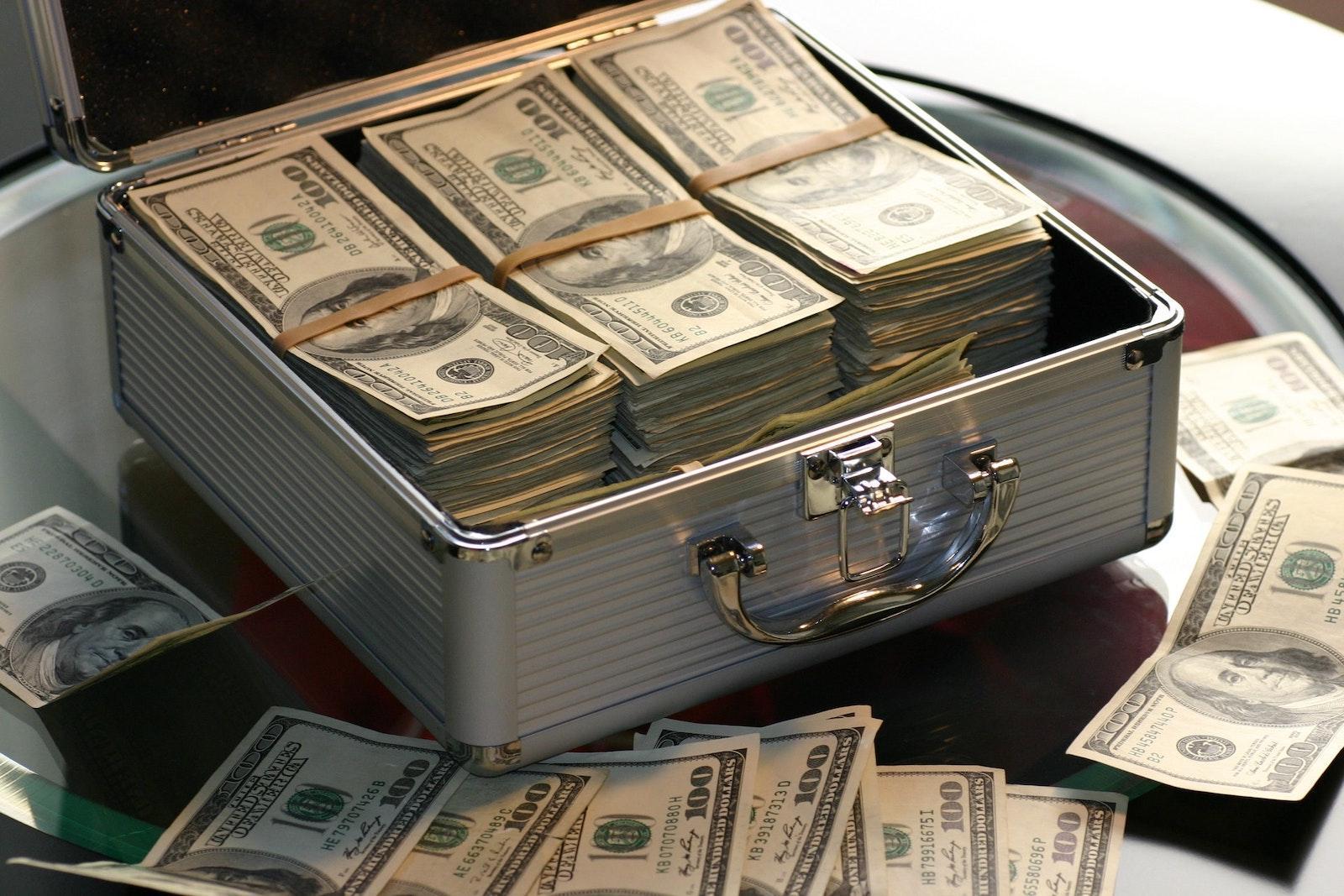Как привлечь финансы, деньги, изобилие при помощи Энергии Рейки Рэйки